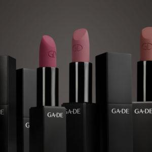 Матовая Губная Помада — «Velveteen Pure Matte Lipstick»